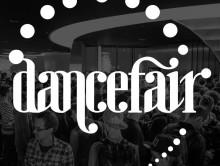"""Vliegen naar de """"Dancefair"""""""